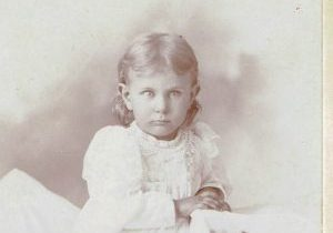 Bob Standard- Photo-Young Josie by McAdam-Ottumwa, Iowa (3)